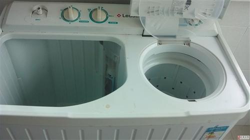 低价处理还很新的闲置海尔双缸洗衣机