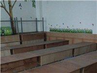 低价出售课桌椅