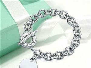 Tiffany&Co.心形圆扣手链