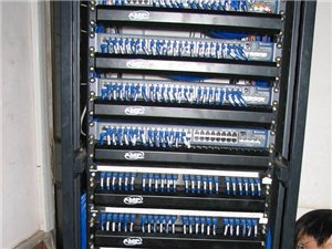 黄岛开发区光纤布线,网络布线,监控安装,弱电施工队