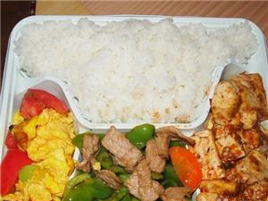 三亚公司工厂订餐 现场制作 午餐配 8元
