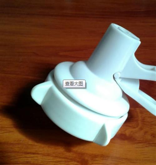 闲置一个桶装水鸭嘴龙头取水器