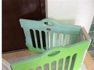 出售小孩护栏,很结实,环保,安全。