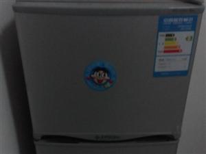 109升美菱双门冰箱