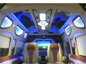 專業汽車改裝 音響設備 內飾 房車