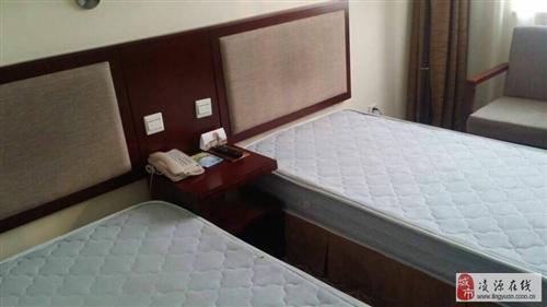 北京酒店二手床回收出售酒店家具出售床垫