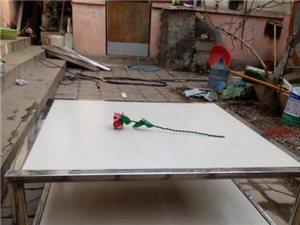 不锈钢瓷砖桌子