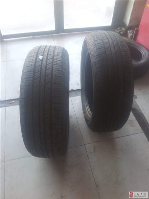 出售9.5成新韩泰2356018SUV轮胎