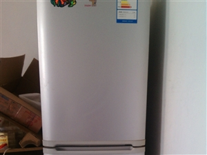 出售冰箱9成新的