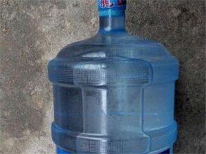 健康生活從飲水開始,翠龍山泉為你提供點滴幸福的家