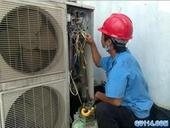 河西區空調加氟》天津美的空調維修加氟移機