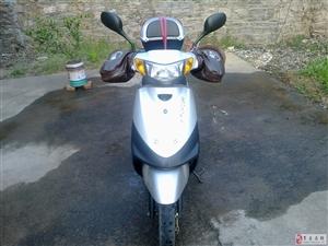 出售二手雅马哈JOG摩托车