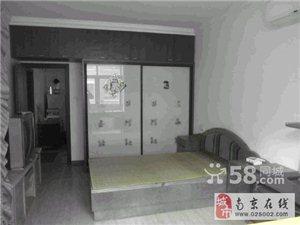 迈皋桥高家村42号 1室1厅44平米 精装修 押一付三  ( 此房价格便宜 地铁房 室内设施齐全 精