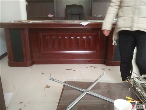 老版桌椅辦公桌椅