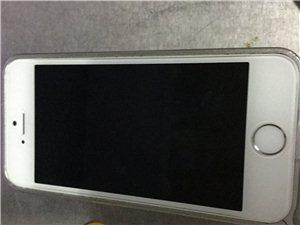 出售8成新iPhone5s一台。保修期配件齐