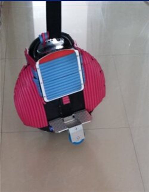 出售个人闲置电动平衡独轮车