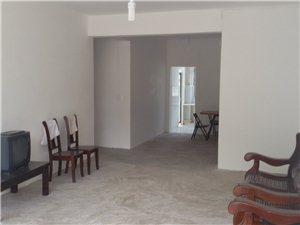 出售县医院宿舍楼(新楼)三室二厅二卫一套