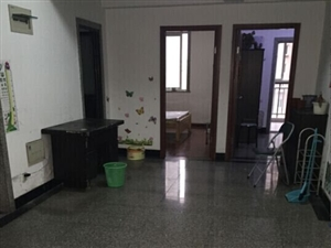 丁桥二室家具家电齐全,仅租1700每月