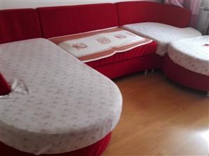 组合沙发一组红色