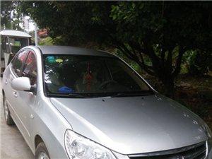 2010年的一款现代悦动车出售。