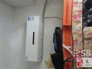 9.5成新美的变频空调转让-1900元