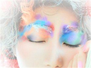 玲子,化妆师