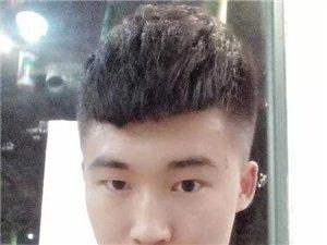 阿俊,美发造型师