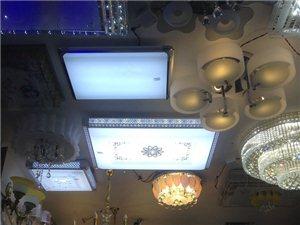 水晶灯、平板灯、吊灯