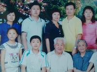 024王荣蓉家庭