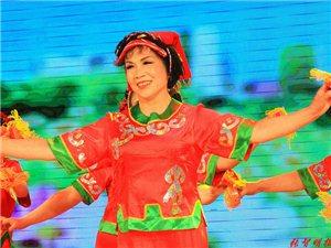 舞蹈《胭 盒 恋》 表演者:宁玉琴等(选送单位:县老年大学)