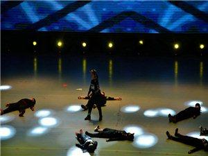 街舞《回音》表演者:陈