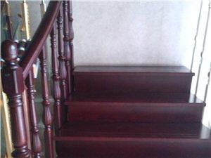 蓮花喜步登樓梯